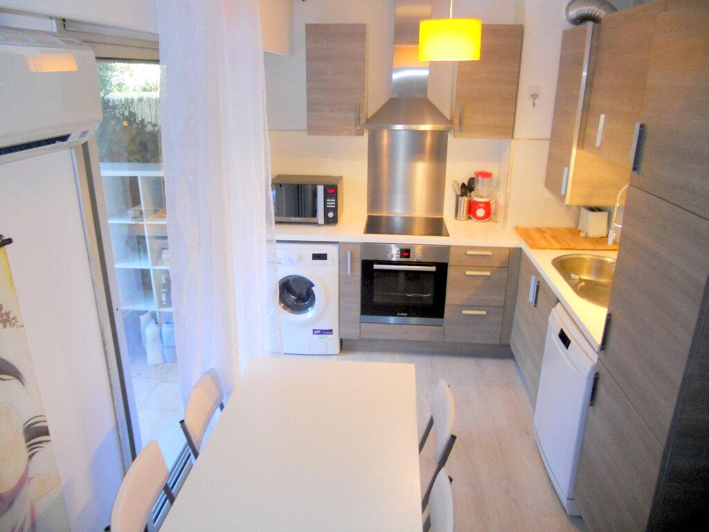 Appartement à vendre 1 36m2 à Saint-Laurent-du-Var vignette-4