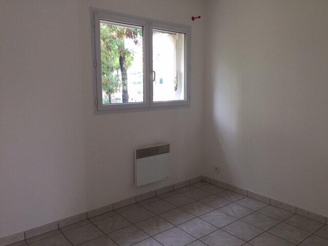 Appartement à louer 2 39.4m2 à Cagnes-sur-Mer vignette-3