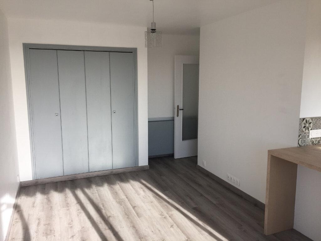 Appartement à louer 1 24.33m2 à Cagnes-sur-Mer vignette-2