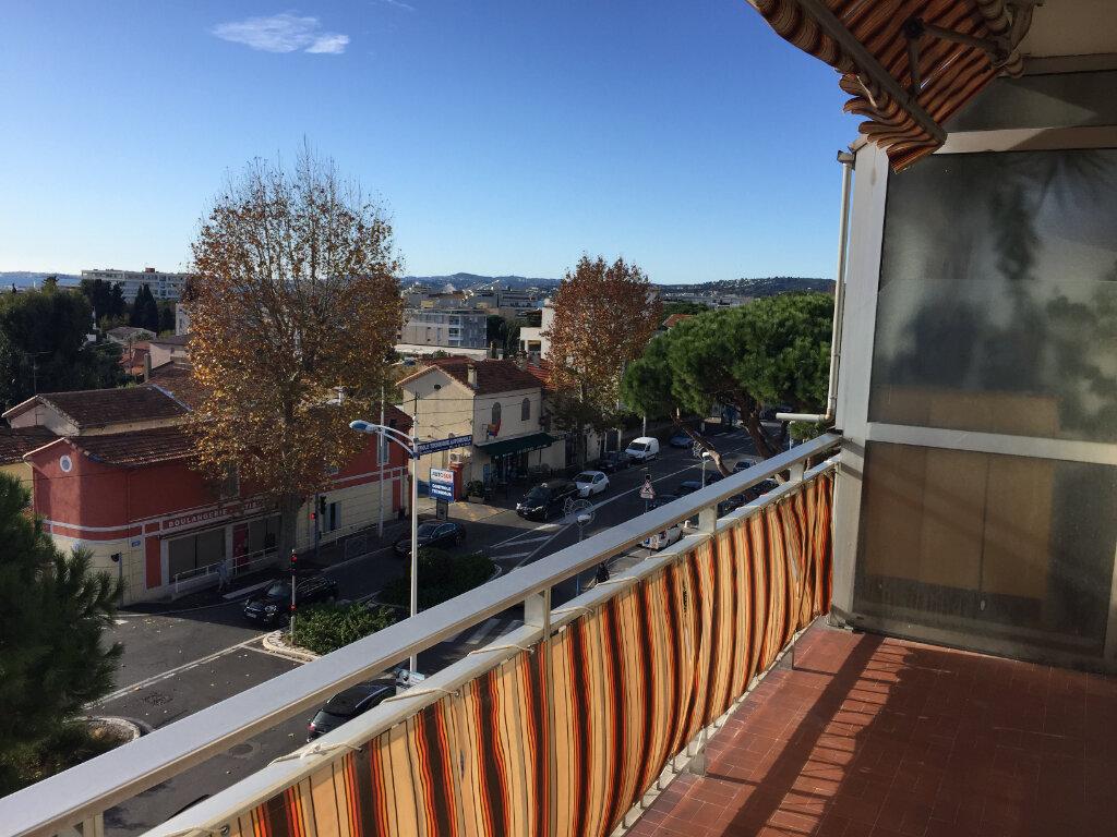 Appartement à louer 1 24.33m2 à Cagnes-sur-Mer vignette-5
