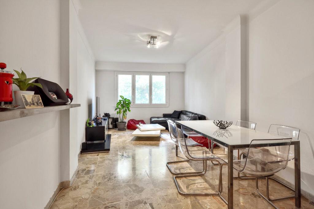 Appartement à vendre 3 60m2 à Nice vignette-1