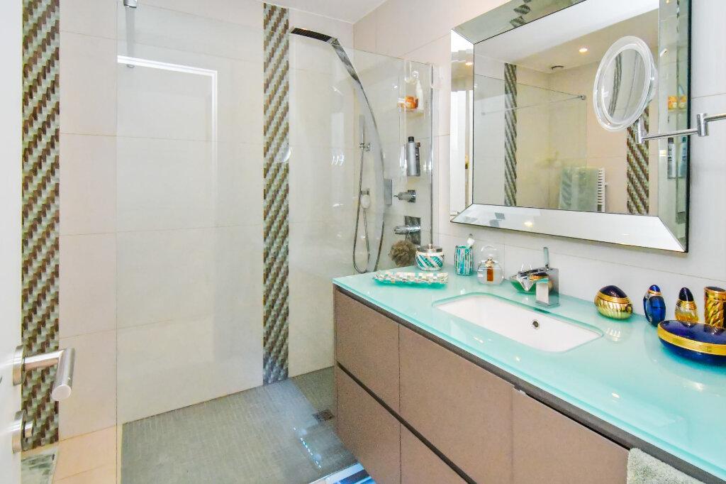 Appartement à vendre 3 92.6m2 à Nice vignette-9