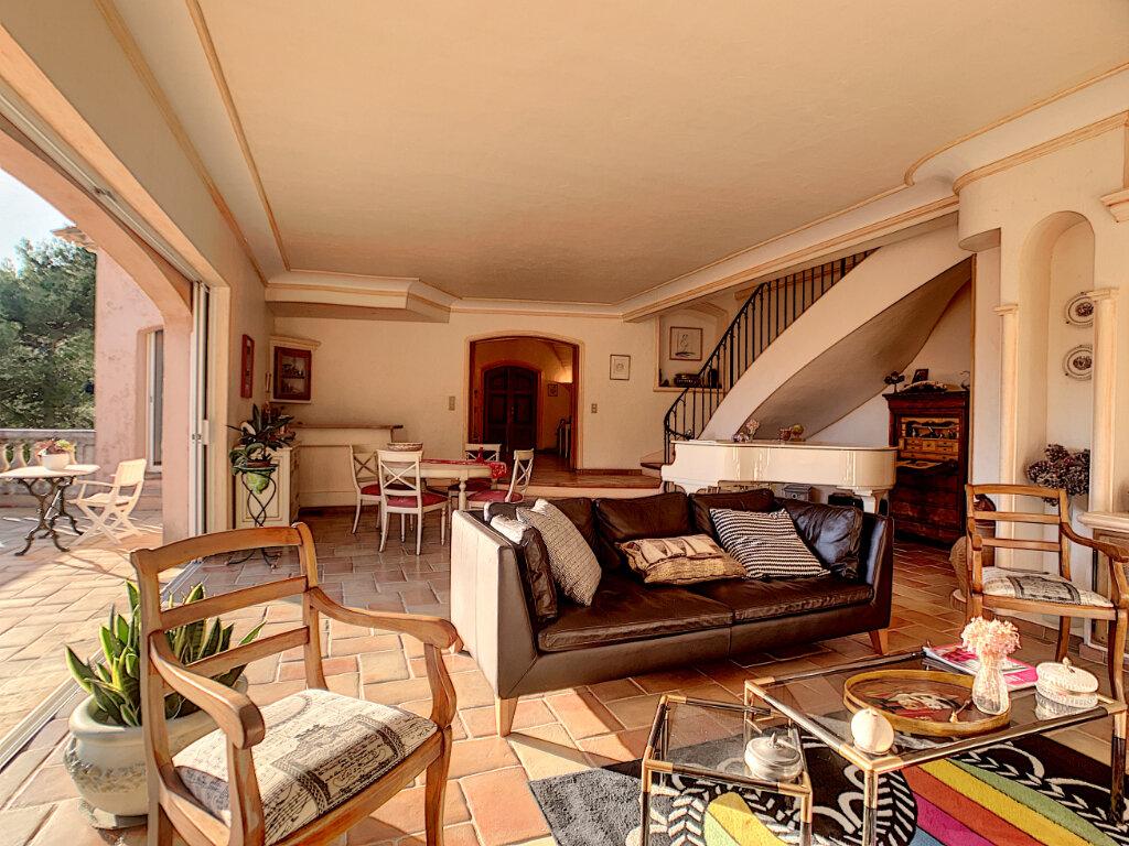 Maison à vendre 6 280m2 à Levens vignette-4