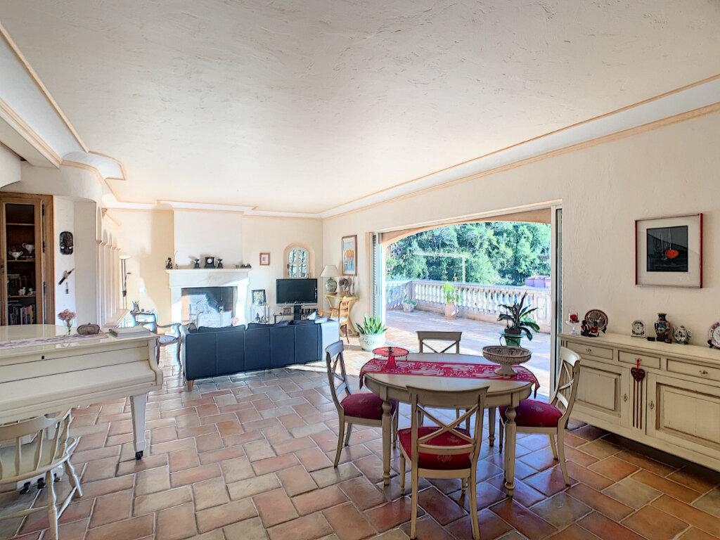 Maison à vendre 6 280m2 à Levens vignette-9