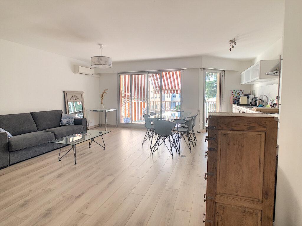 Appartement à vendre 2 54m2 à Nice vignette-3