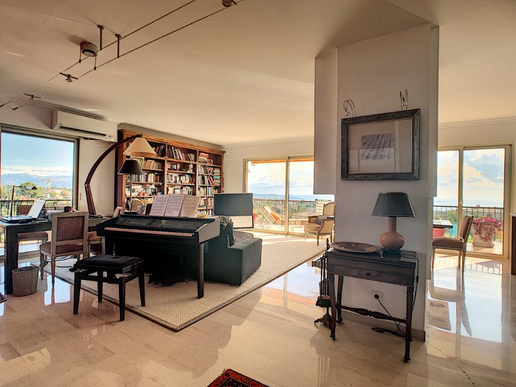 Appartement à vendre 5 137.82m2 à Nice vignette-3