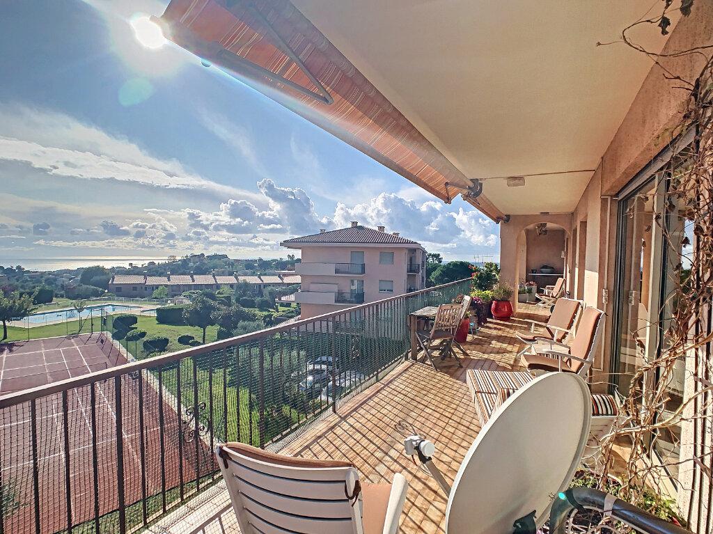 Appartement à vendre 5 137.82m2 à Nice vignette-5