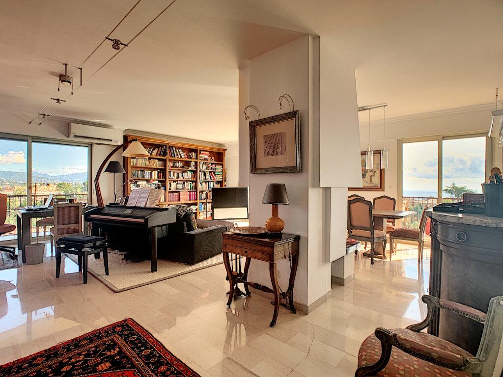 Appartement à vendre 5 137.82m2 à Nice vignette-6