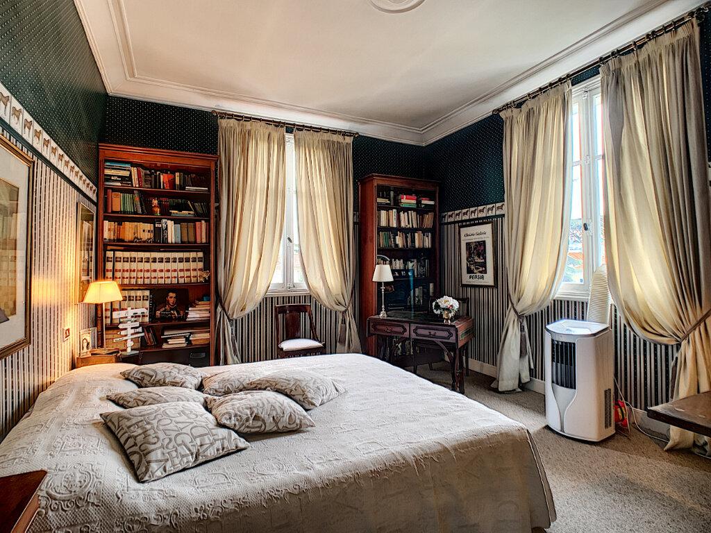 Maison à vendre 8 230m2 à Nice vignette-7