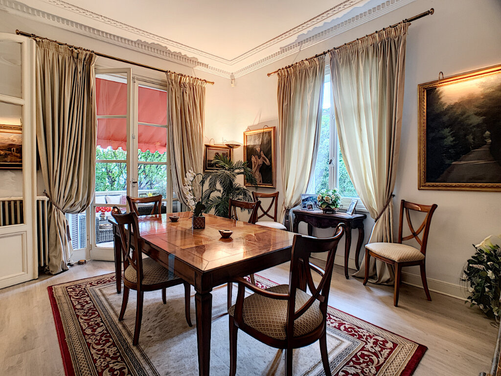 Maison à vendre 8 230m2 à Nice vignette-9