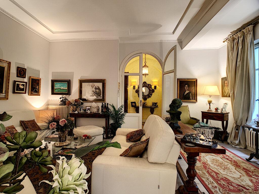 Maison à vendre 8 230m2 à Nice vignette-12