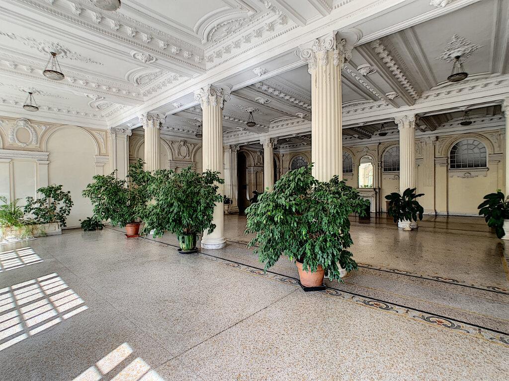 Appartement à vendre 4 186.05m2 à Nice vignette-5