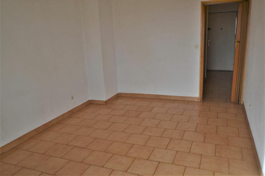 Appartement à vendre 1 25m2 à Nice vignette-4