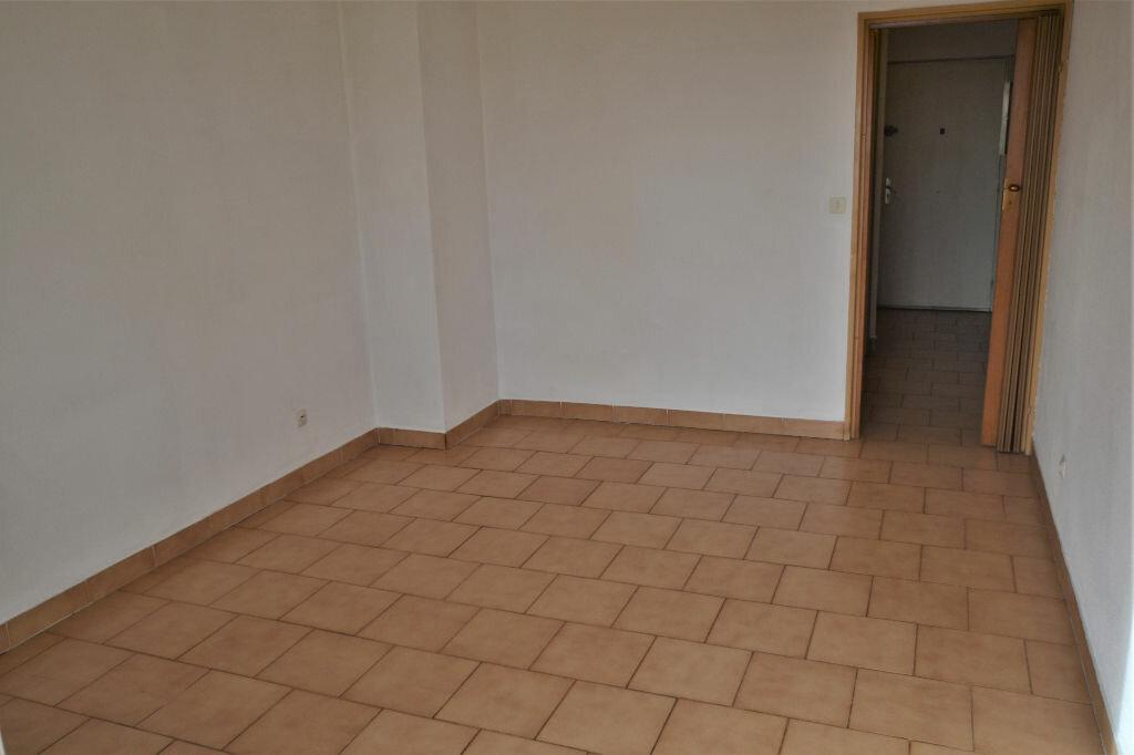 Appartement à vendre 1 25m2 à Nice vignette-5