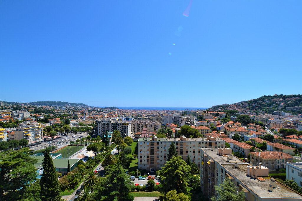 Appartement à vendre 3 63.26m2 à Nice vignette-1