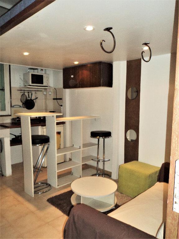 Appartement à vendre 1 12m2 à Nice vignette-1