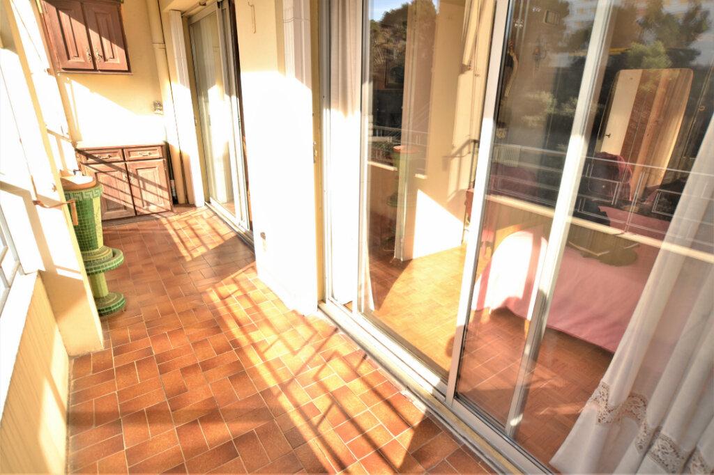 Appartement à vendre 4 67.3m2 à Nice vignette-5