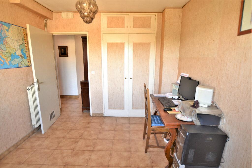 Appartement à vendre 4 67.3m2 à Nice vignette-11