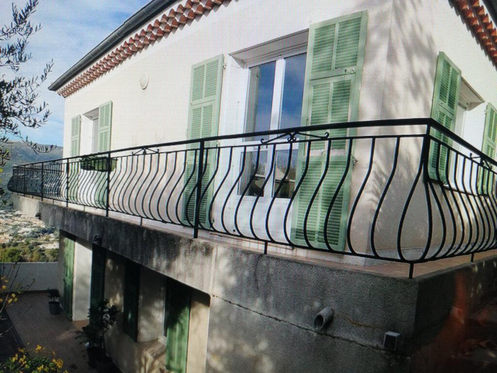 Appartement à louer 4 86.02m2 à Colomars vignette-1
