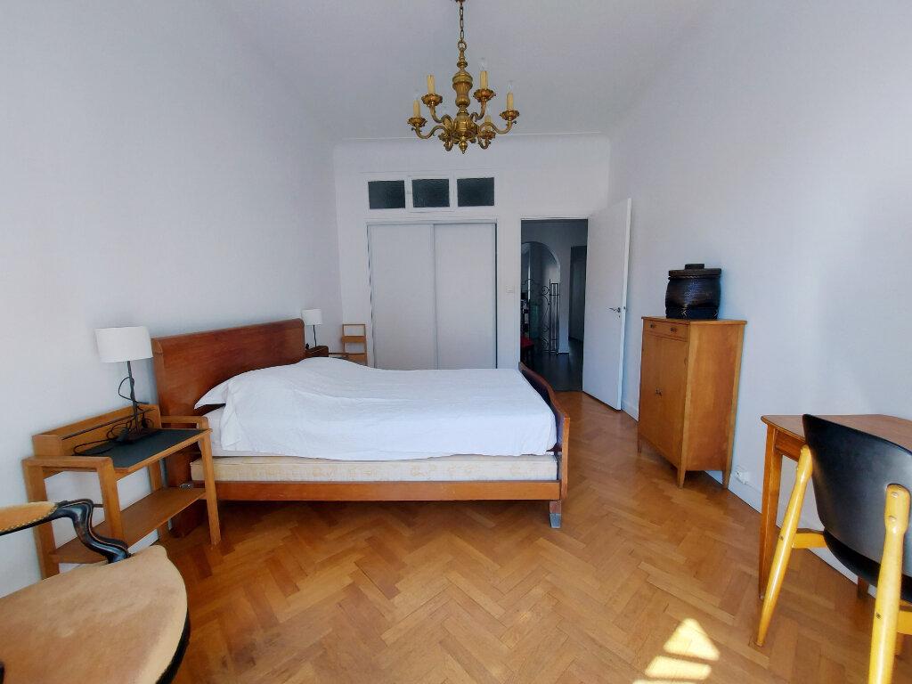 Appartement à louer 3 85m2 à Nice vignette-4