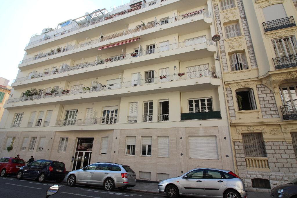 Appartement à louer 3 85m2 à Nice vignette-7
