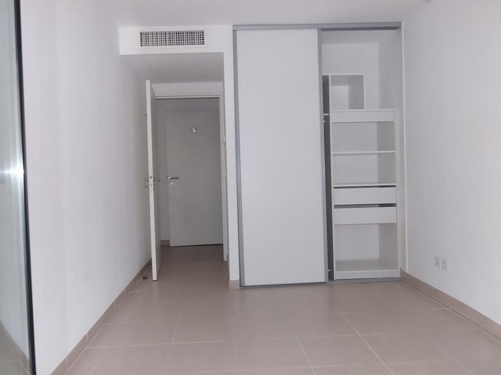 Appartement à louer 3 60m2 à Nice vignette-3