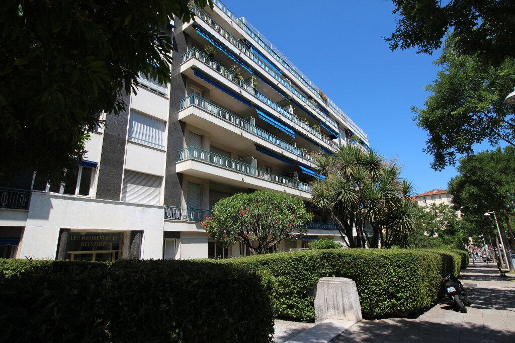 Appartement à louer 2 54m2 à Nice vignette-6