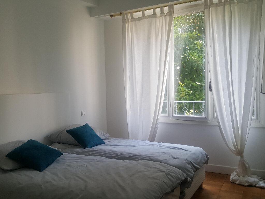 Appartement à louer 3 73m2 à Nice vignette-7