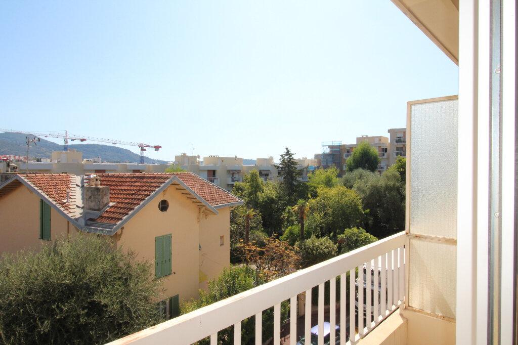 Appartement à vendre 1 34.28m2 à Nice vignette-2