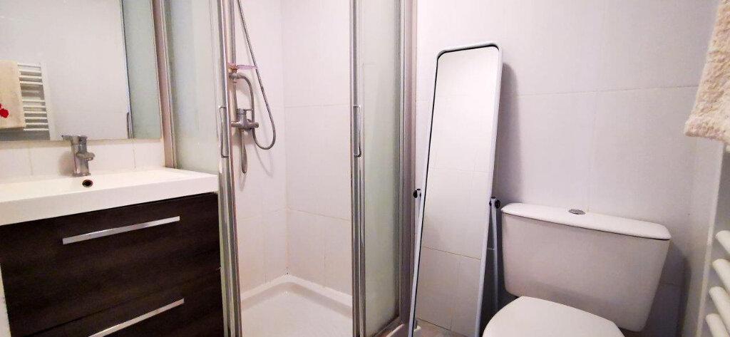 Appartement à vendre 3 50m2 à Nice vignette-5