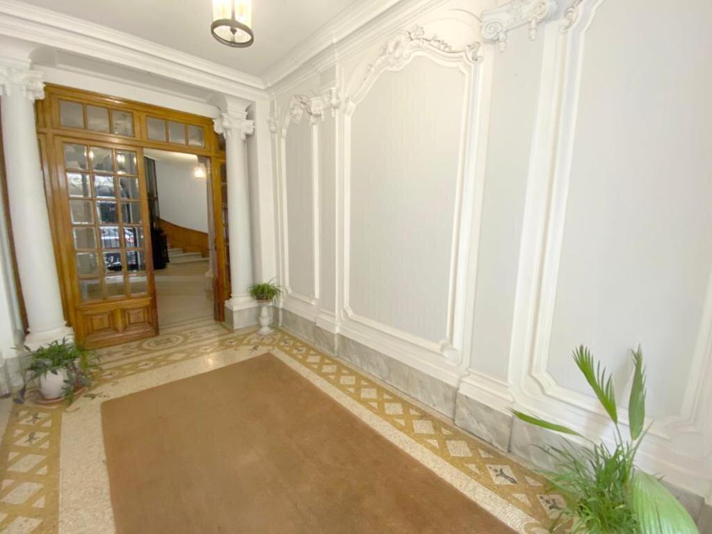 Appartement à vendre 4 104.36m2 à Nice vignette-1