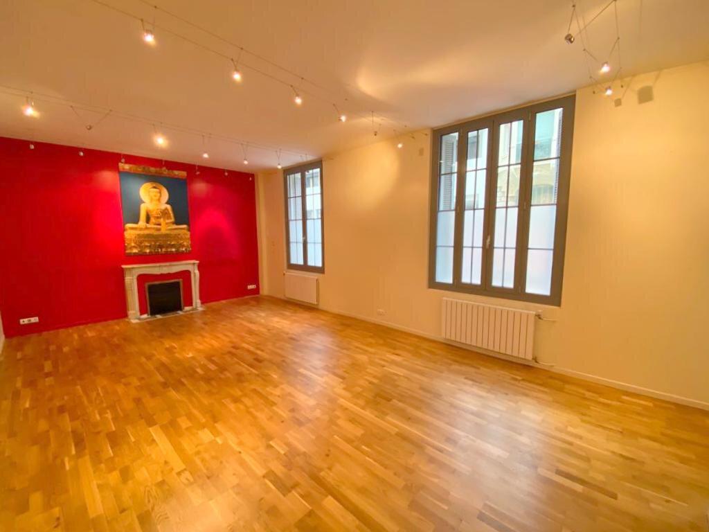Appartement à vendre 4 104.36m2 à Nice vignette-2