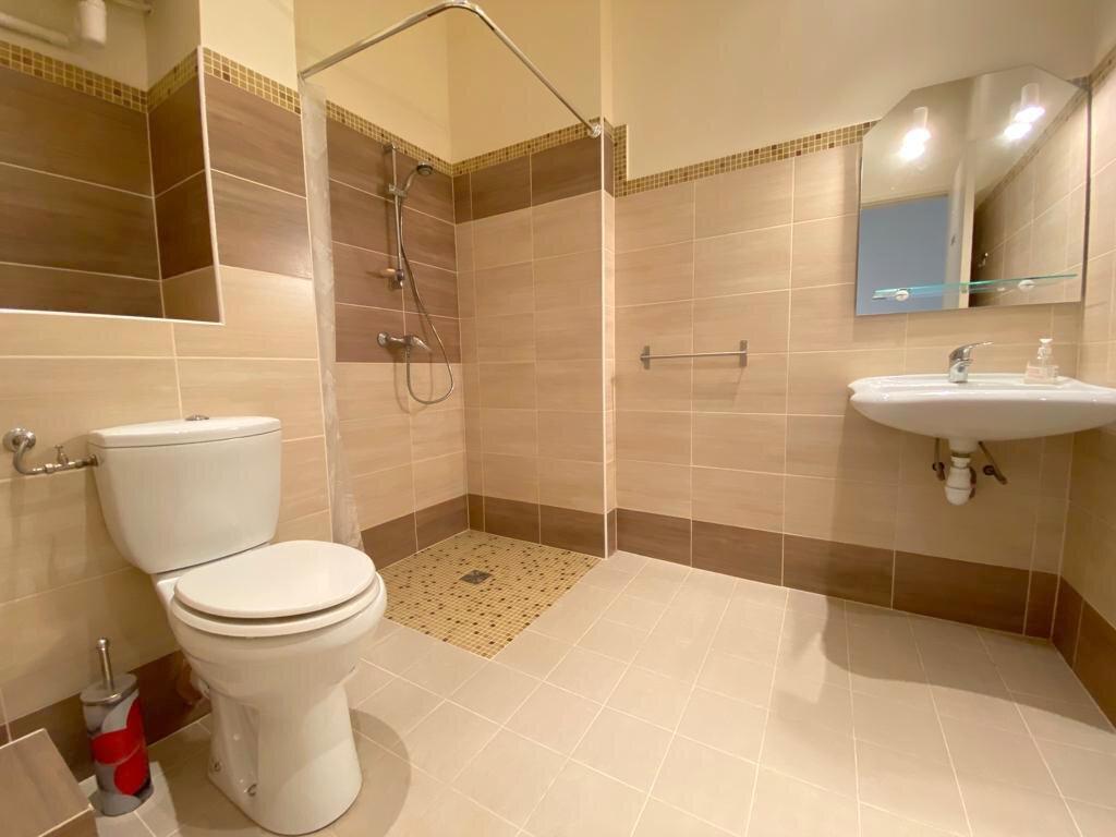 Appartement à vendre 4 104.36m2 à Nice vignette-8