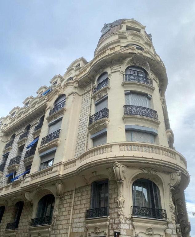 Appartement à vendre 4 104.36m2 à Nice vignette-9