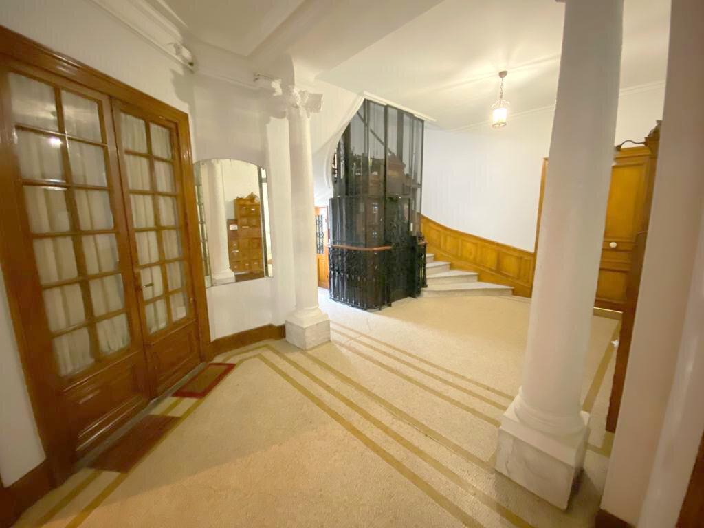 Appartement à vendre 4 104.36m2 à Nice vignette-11