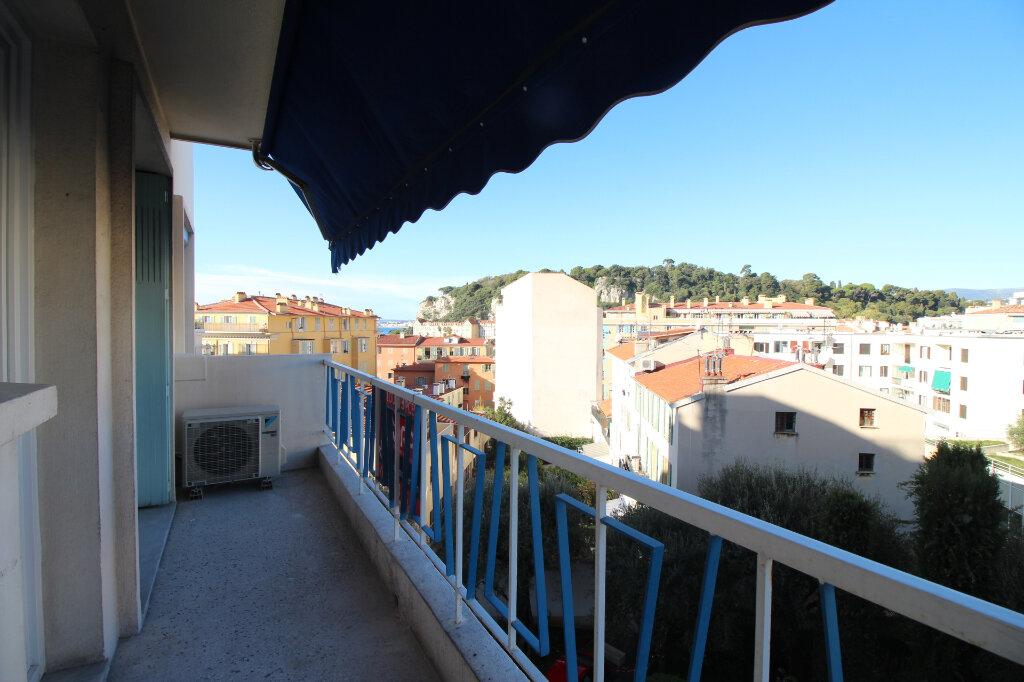 Appartement à louer 2 37m2 à Nice vignette-1