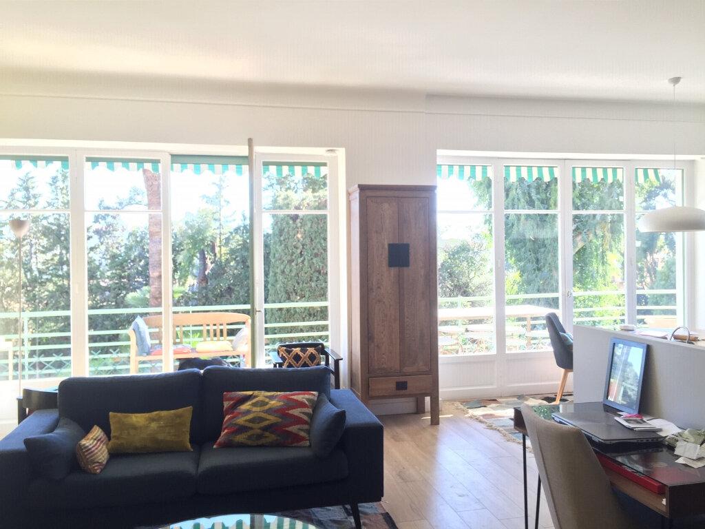 Appartement à louer 5 120m2 à Nice vignette-8