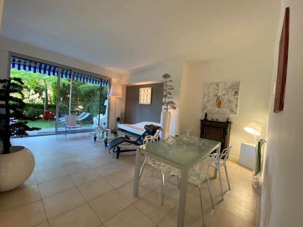 Appartement à vendre 3 74.63m2 à Nice vignette-1