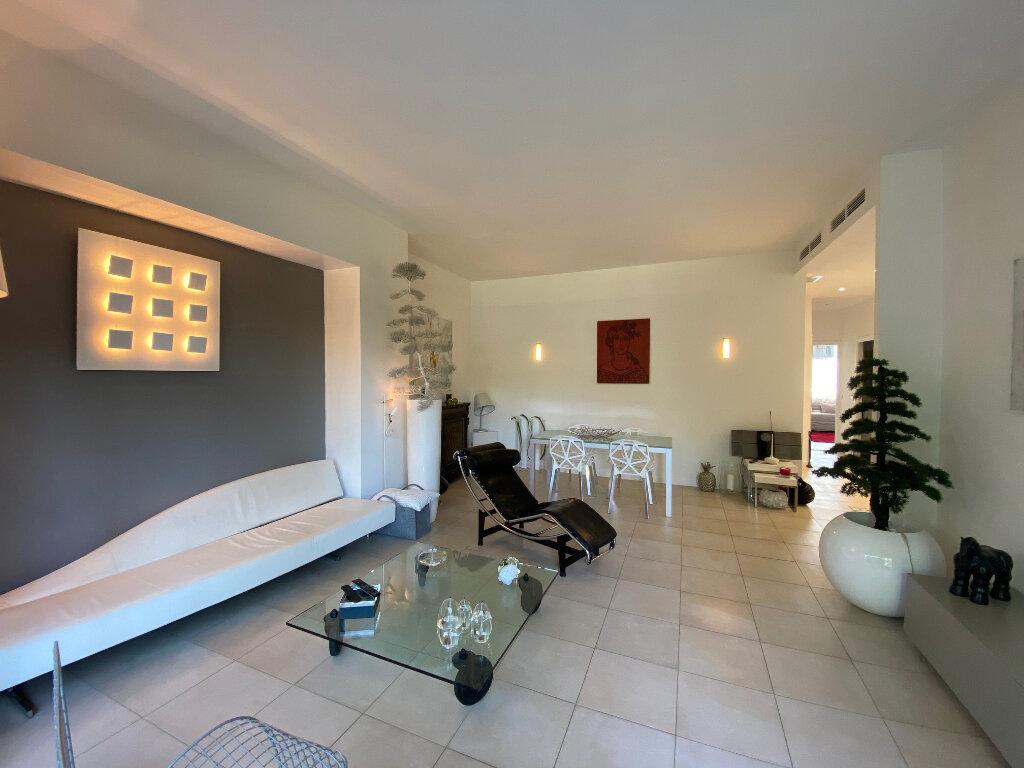 Appartement à vendre 3 74.63m2 à Nice vignette-2