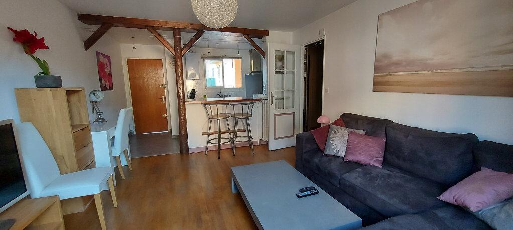 Appartement à louer 2 41.84m2 à Nice vignette-1