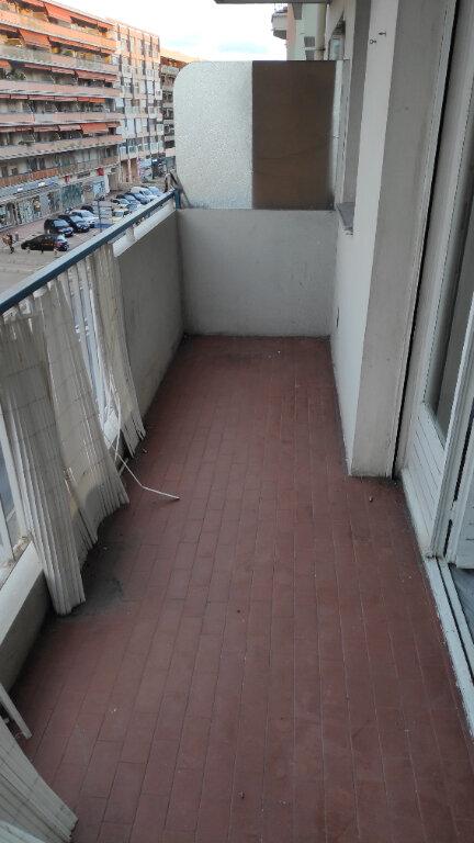 Appartement à louer 1 25m2 à Cagnes-sur-Mer vignette-4