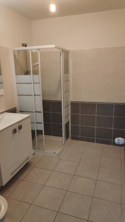 Appartement à louer 2 32m2 à Nice vignette-5