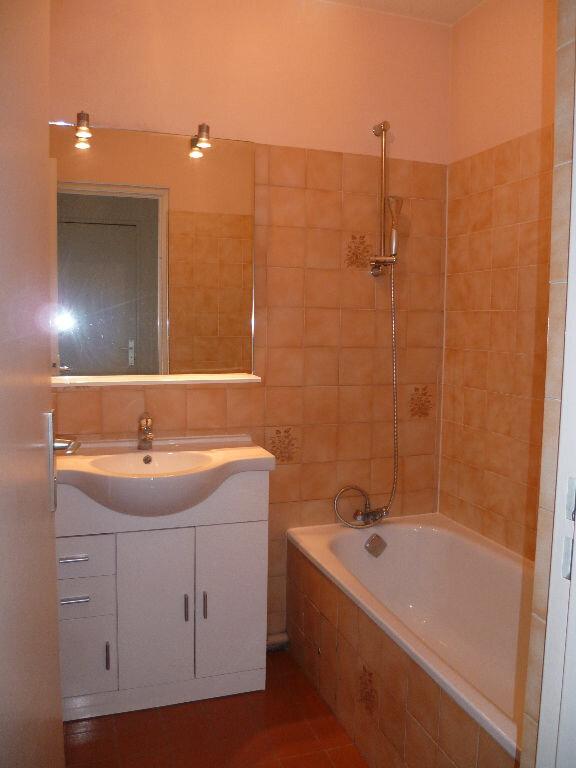 Appartement à louer 1 30m2 à Cagnes-sur-Mer vignette-5