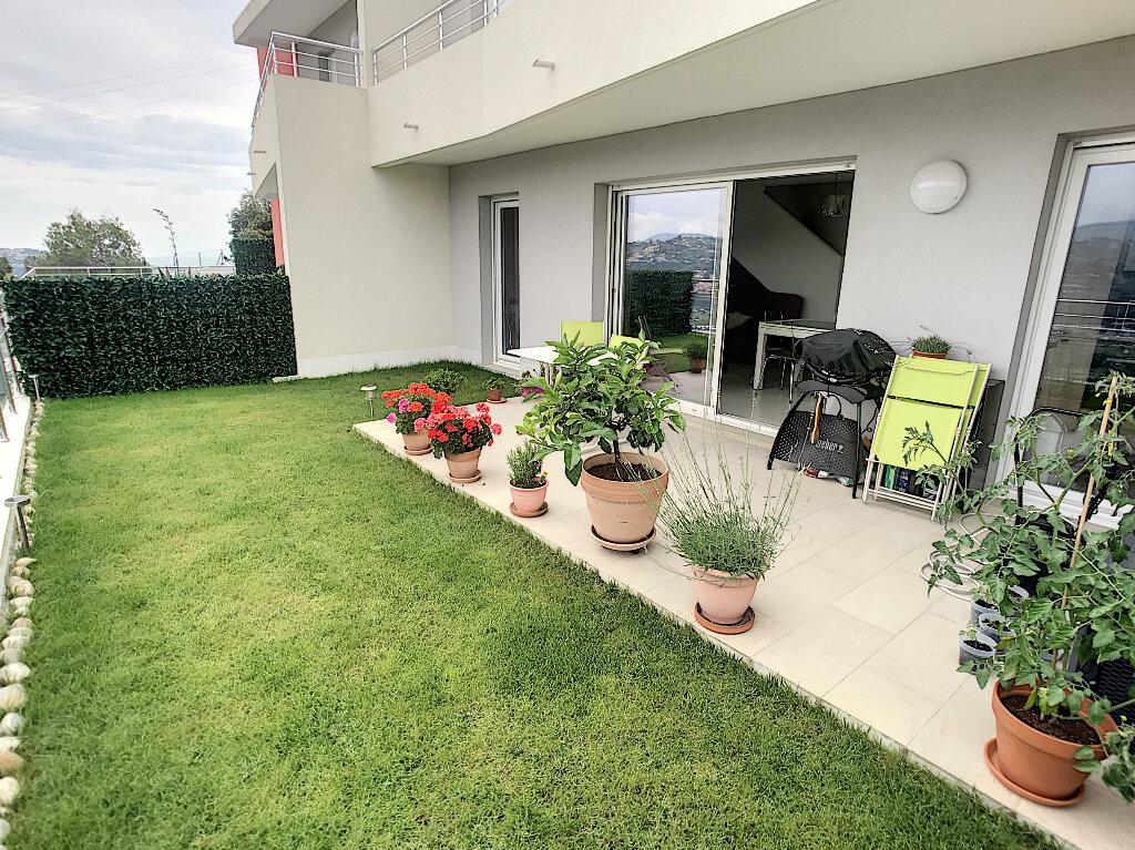 Appartement à vendre 3 77m2 à Saint-Laurent-du-Var vignette-4