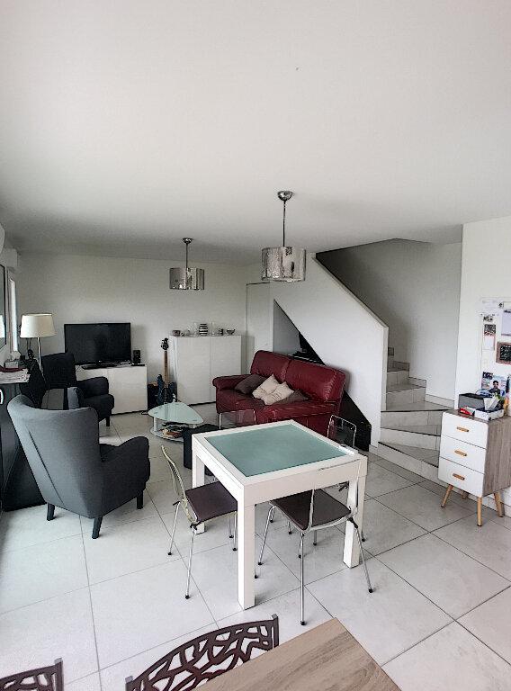 Appartement à vendre 3 77m2 à Saint-Laurent-du-Var vignette-7