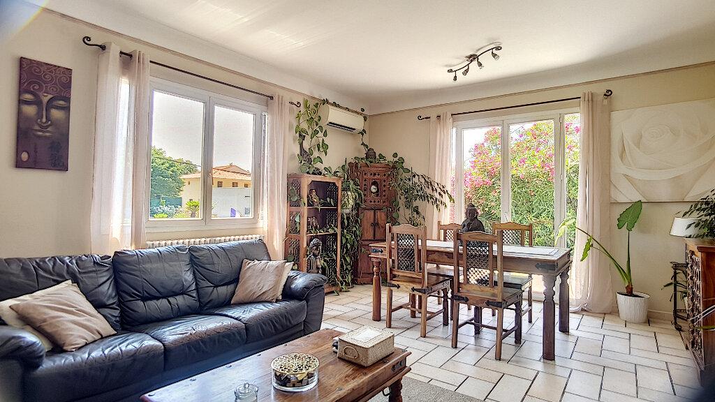Maison à vendre 4 99.5m2 à Cagnes-sur-Mer vignette-3