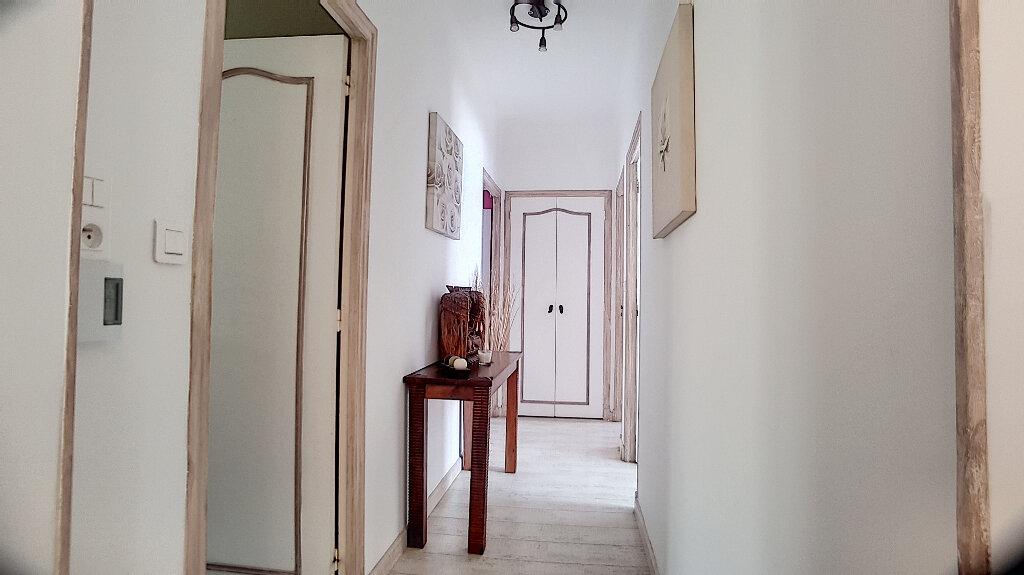 Maison à vendre 4 99.5m2 à Cagnes-sur-Mer vignette-7
