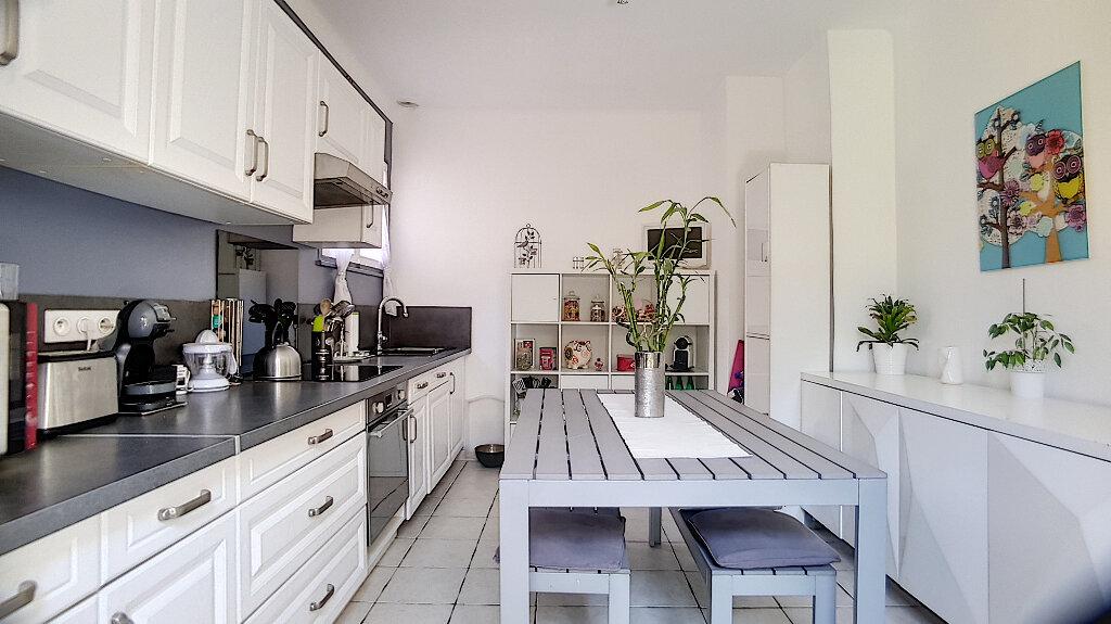 Maison à vendre 4 99.5m2 à Cagnes-sur-Mer vignette-11