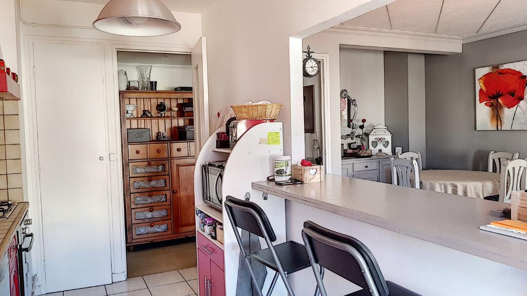 Appartement à vendre 3 61.06m2 à Cagnes-sur-Mer vignette-3