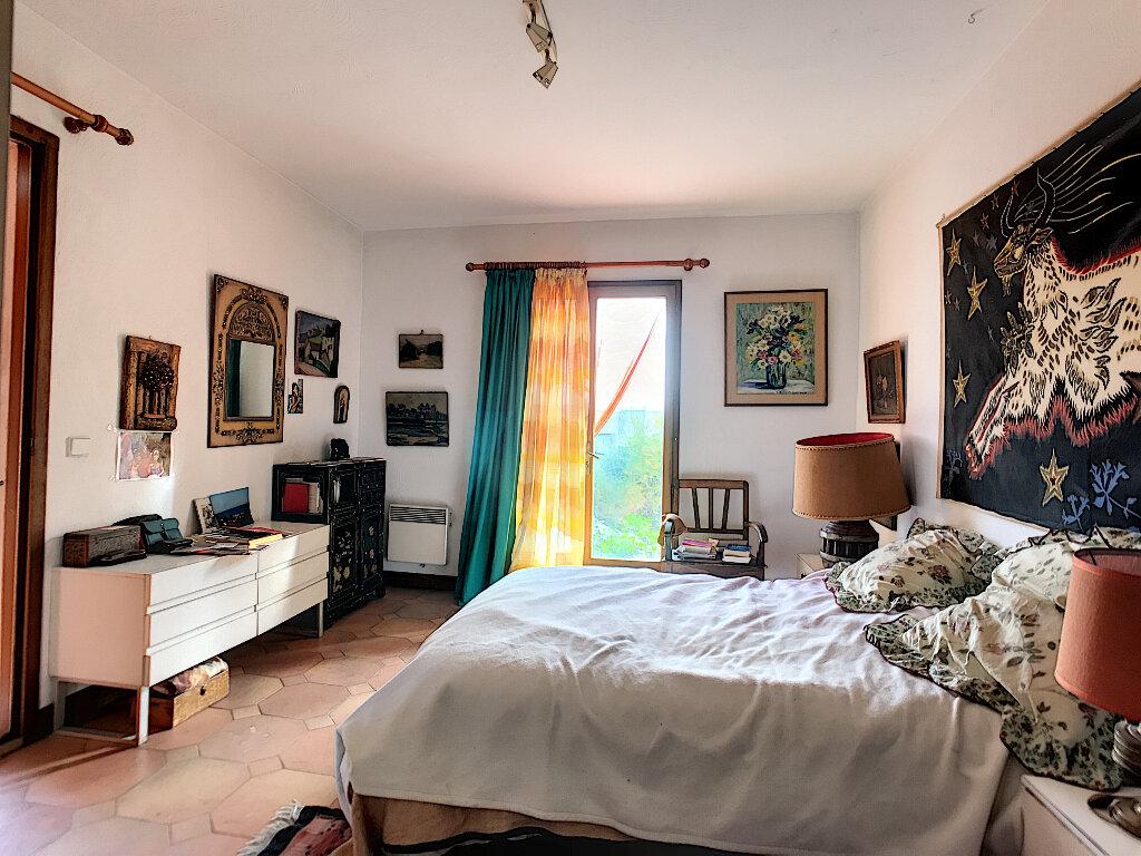 Maison à vendre 6 190m2 à Cagnes-sur-Mer vignette-6